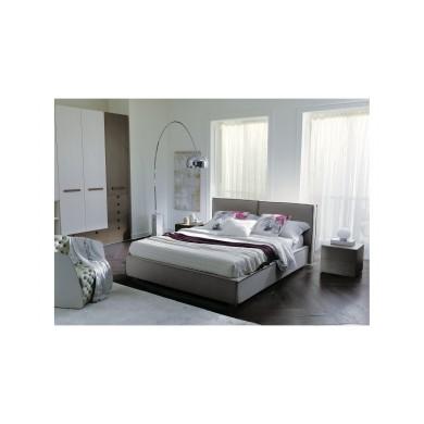 Тапицирано легло и гардероб от ПДЧ и MDF